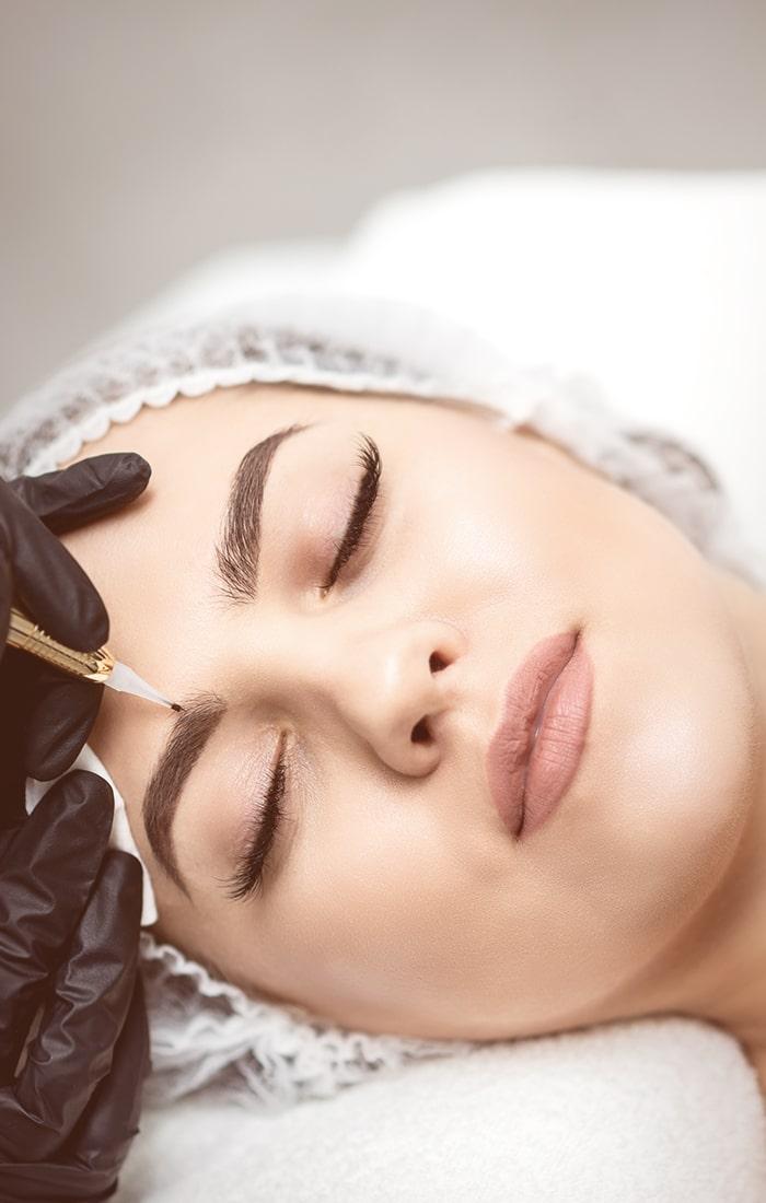 Yüz bakımı kalıcı makyaj sayfasına yönlendirir.